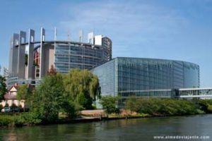 b_300_200_16777215_00_http___www.almadeviajante.com_viagens_franca_estrasburgo-05XL.jpg