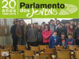 b_300_200_16777215_00_images_Ano_letivo_15-16_Actividades_parlameto_dos_jovens_Janeiro.jpg